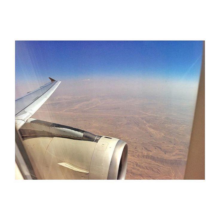 #sahara #desert #africa #egypt #cairo landing approach #etihad #etihadairways #skyscape #andreaturno @andreaturno #ipad #ipadair #ipadphoto #squaready #sand and #clouds #blue #canvas  #paintingwithlight #happy #Sunday