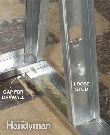 Loose stud at inside corner awaiting drywall