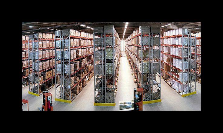 Magazzino e Logistica >>> www.tierredi.it/servizi.html#magazzinologistica  Pensiamo noi a tutto! Tierredi ✆ 035 213 015