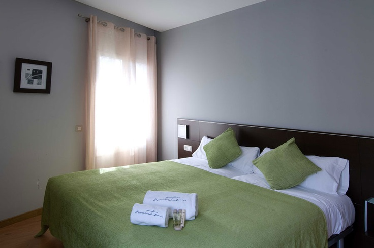 Room @ Amister Apartments in #Barcelona http://www.amisterapartmentsbarcelona.fr/