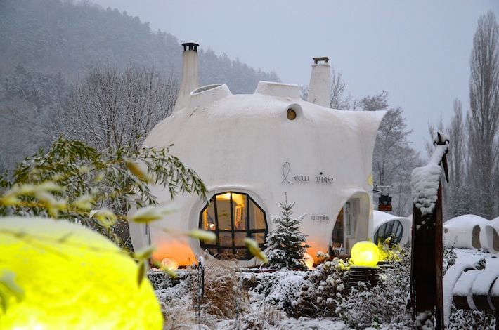 Une nuit dans ma bulle   La France en 365 jours http://philippepioneer.blogs-de-voyage.fr/mon-tour-de-france/bulle-museumotel-hotel-insolite/