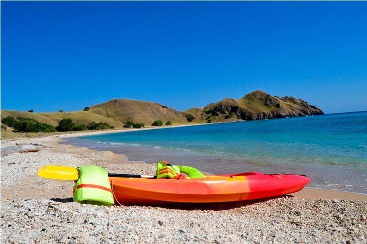 kayak-gililawa-beach