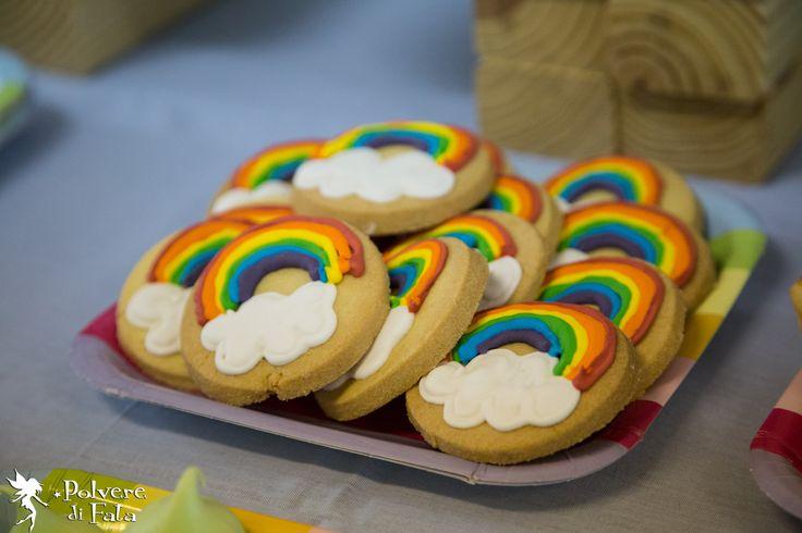 Biscotti frolla con ghiacciaia reale by Marta Vanoni di SweetSinsBakery Evento di PolvereDiFata #RainbowParty