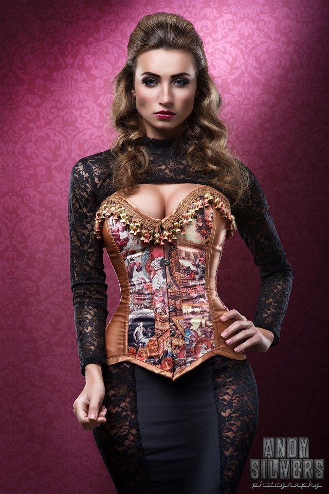Gordana Ban - wouldn't she be one stunning vampire on True Blood :): Hoss Corsets, Stunning Vampires