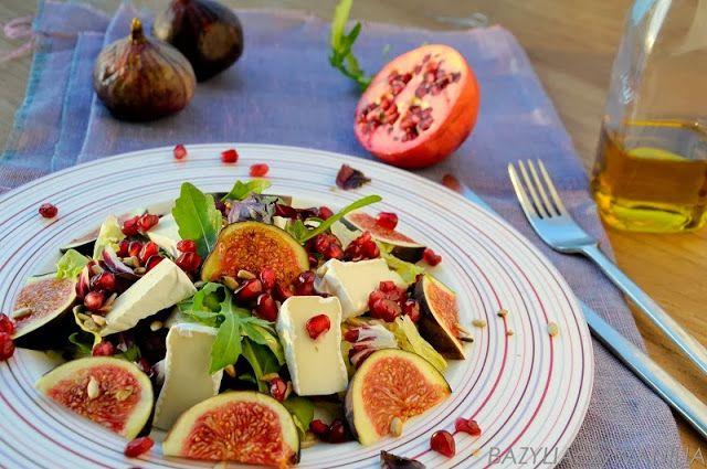 Sałatka z figami, kozim serkiem i granatem