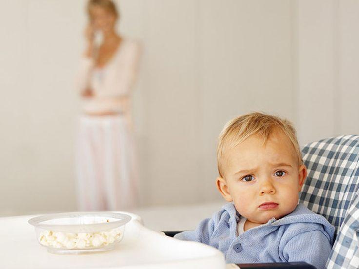 Votre enfant refuse les aliments qu'il ne connaît pas ? Pas de panique ! Cette phase, appelée NEOPHOBIE alimentaire, est très courante chez les enfants âgés de 18 mois à 6 ans.