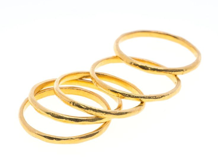 Stacking rings - Hammered ring gold - HeidisHoff.no