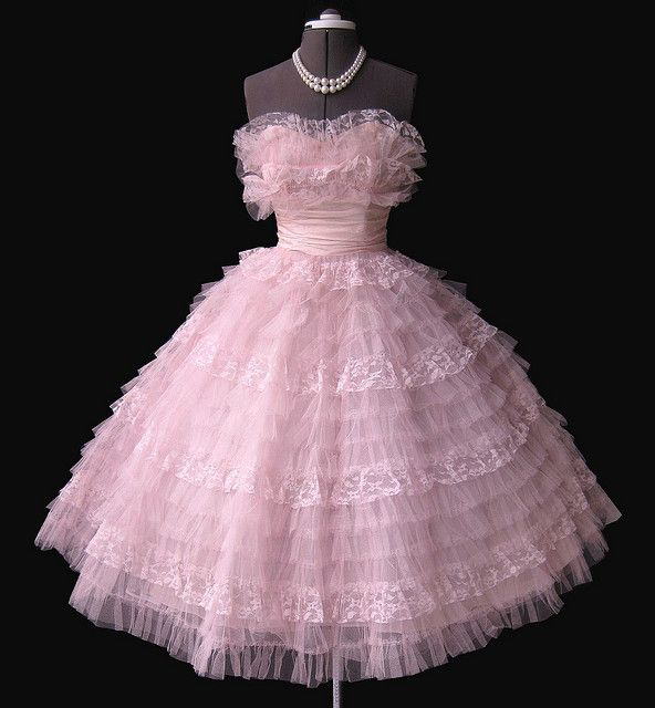 106 best 50s Prom & Cocktail images on Pinterest | Fashion vintage ...
