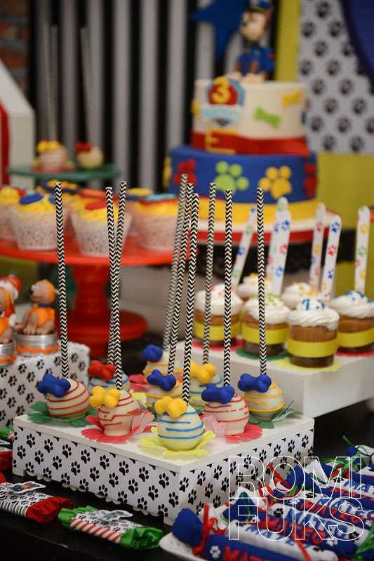Check out this Paw Patrol birthday party! See more party ideas at CatchMyParty.com!
