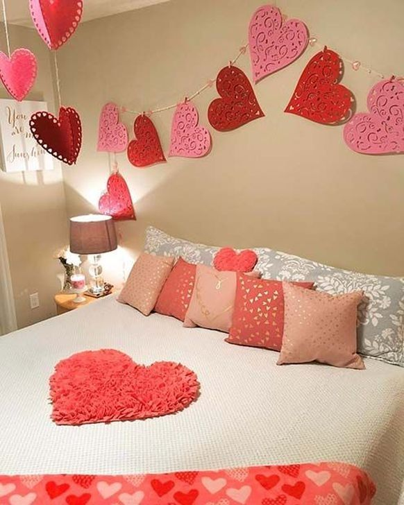 99 Simple Valentines Day Decoration Ideas Valentine Bedroom Decor Valentines Bedroom Beautiful Bedroom Decor Room decor ideas valentines