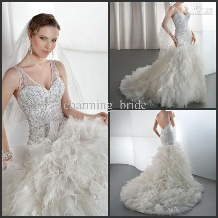 Best 25 feather wedding gowns ideas on pinterest for Peacock feather wedding dress vera wang 2009