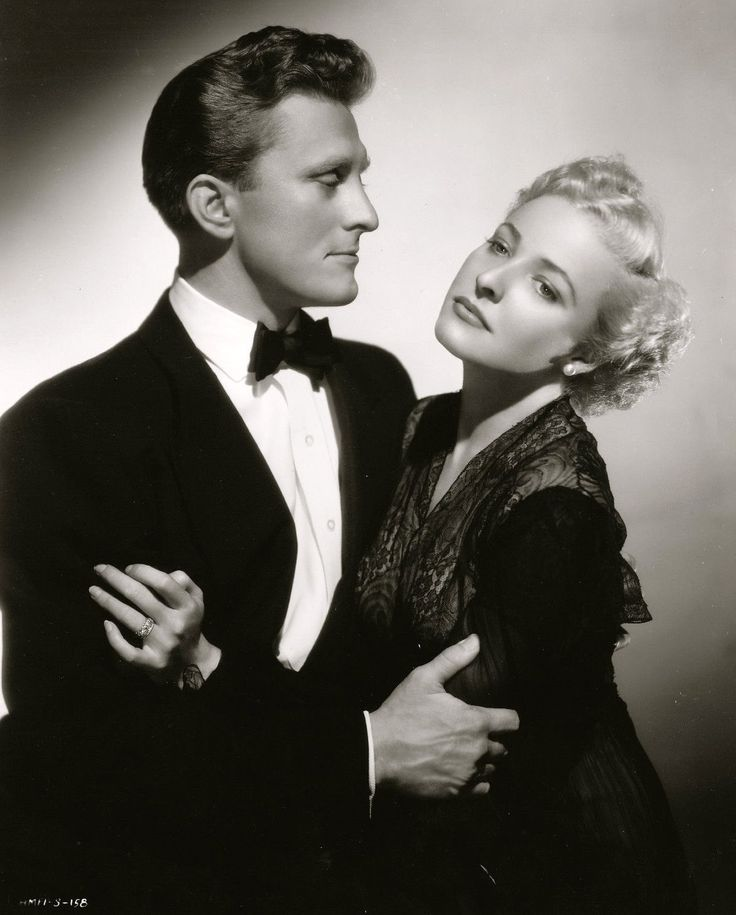 "Kirk Douglas & Laraine Day in a publicity shot for ""My Dear Secretary"" (1949) 1 204×1 497 пикс"