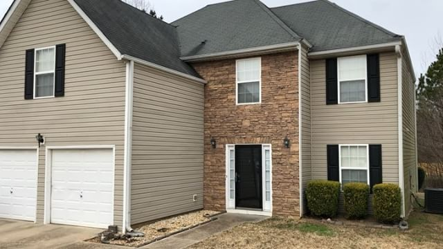 My buyer and I got to the 10th hurdle and we made a decision to ATTACK and now we are officially #UnderContract! It's never easy being in a bidding war/multiple offer situation but all things are possible with the right team in place. Grateful to be headed toward the finish line on this newly renovated Ellenwood 5 BR! So proud of my buyer, Kenisha! I had the pleasure of being her HS Hurdle Coach over a decade ago and through her efforts she went on to #Win consecutive collegiate conference…