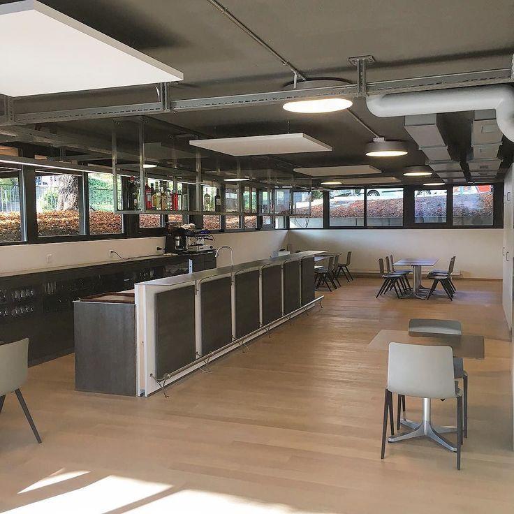 """Découvrez en avant première notre dernier outlet.  Nos étudiants pourrrons """" Découvrir le Métier de Barman"""" dans le tout nouveau Bar de l'EHG.  #examens #food #ehgstudent #EHGLife #geneve #geneva  #lakegeneva #lacleman #restaurant #ehg #ecole #ecolehoteliere #ecolesuisse #hotelschool #swisshotelschool #hotellerie #swissriviera #switzerland  #lac #riviera  #genevalake  #visitgeneva  #switzerland #lacdegeneve  #genevacity #lacleman  #igersuisse  #genevalive #gastrosuisse #restaurant…"""