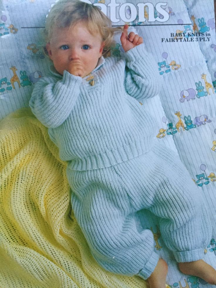 Patons Book 920 Baby Knits in Fairytale 3 PLY - Sizes: 35 - 50cm chest by…