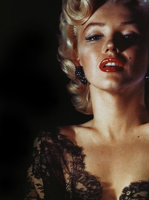 : Black Lace, Normajean, Beautiful, Marilyn Monroe Photo, 50Th Anniversaries, Red Lips, Norma Jeans, Portraits, Marilynmonro