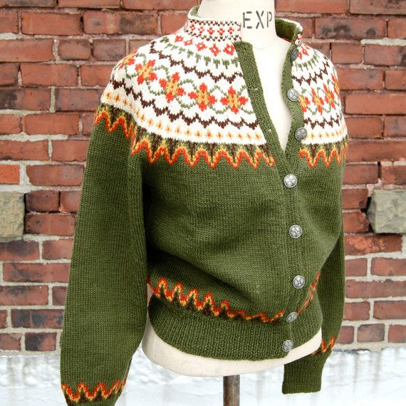 label: hand knitted in Norway