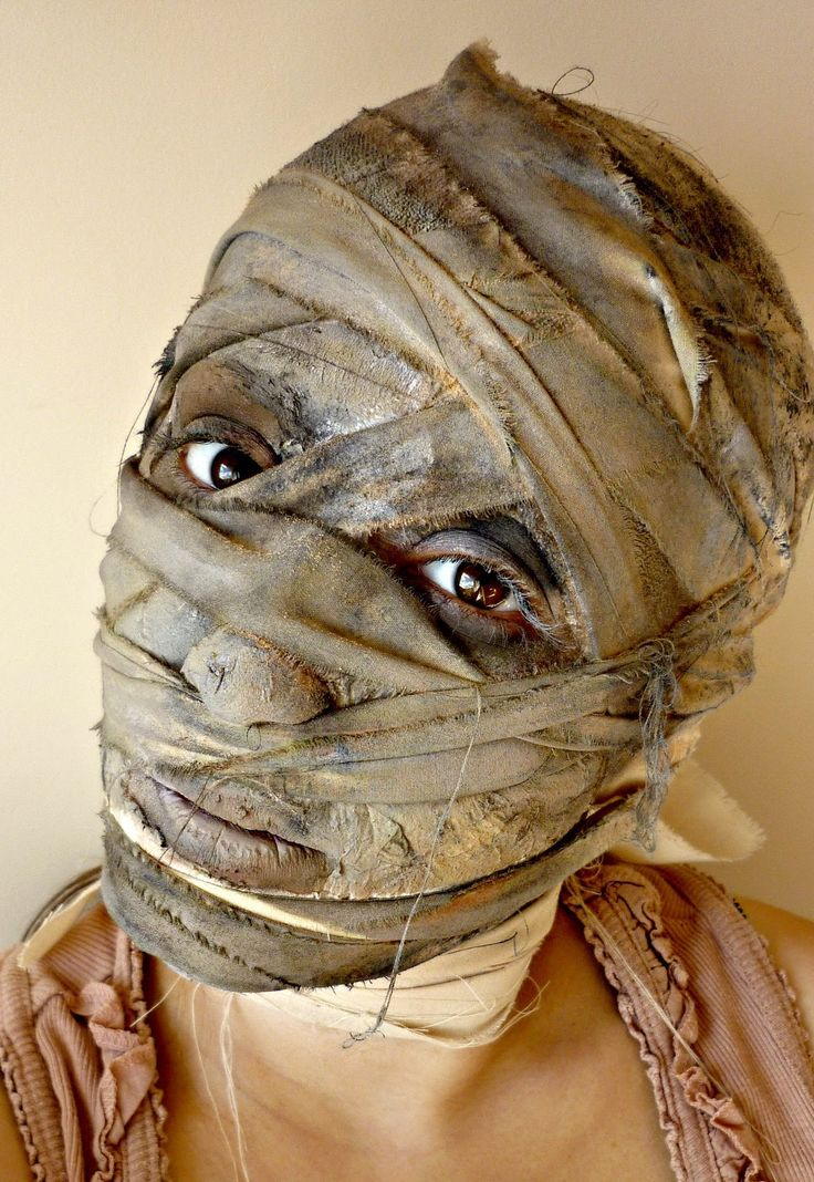 how to make an egyptian mummy costume