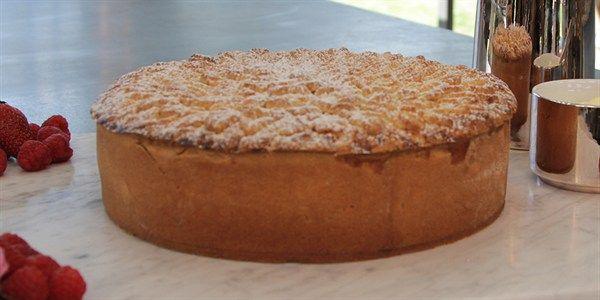 Episode 4 - The Great Australian Bake Off - lifestyle.com.au Fruit and custard pie