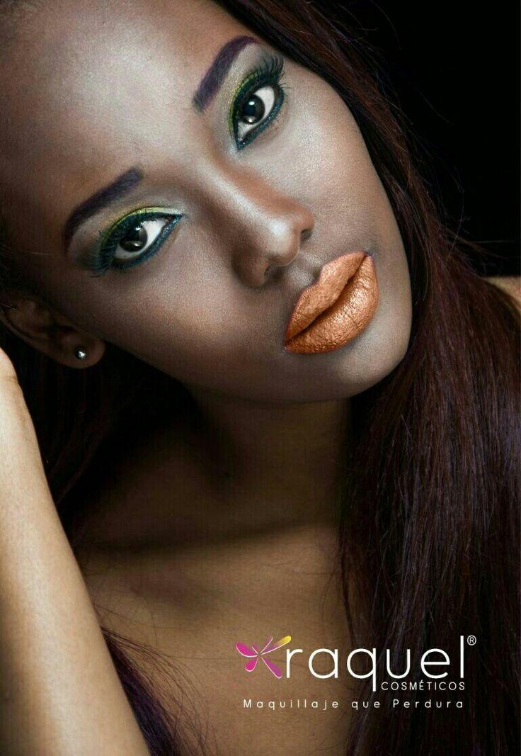 Campaña cosméticos Raquel