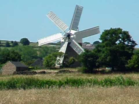 Set in the County of Derbyshire, out towards the Derwentvalleystands theHeage windmill, built in 1797, and restored in 2002, now fully working. It is the only stone towered, multi-sailed windmill in England, the mill opens on weekends and Bank Holidays from April until the end of October