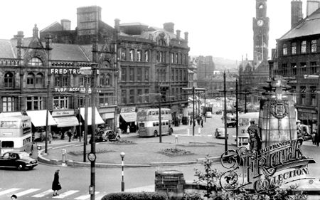 Towards Town Hall Square c1955, Bradford