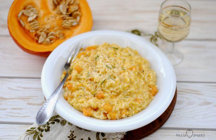 Jesień naprawdę kojarzy mi się z dynią! Jak tylko zaczyna się na nią sezon, moją pierwszą myślą jest risotto z dynią i rozmarynem.
