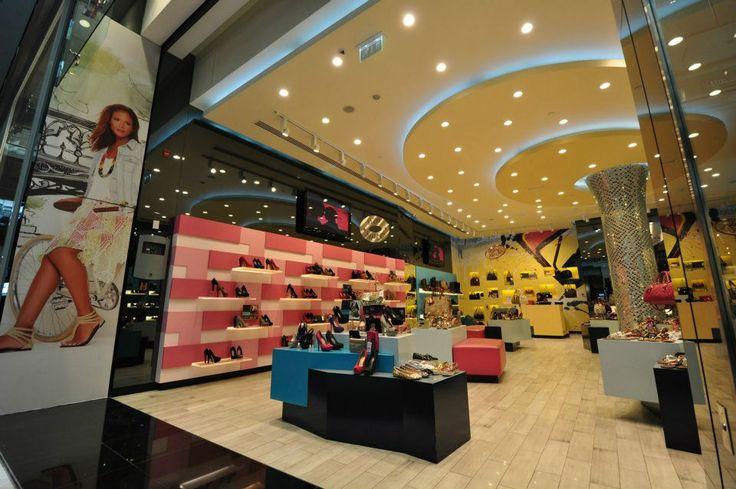 Steve Madden - Dubai Mall www.bondinteriors.com