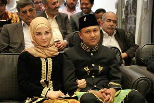 Warga Aceh Nikahi Gadis Suriah Dengan mahar 500 Hafalan Hadits