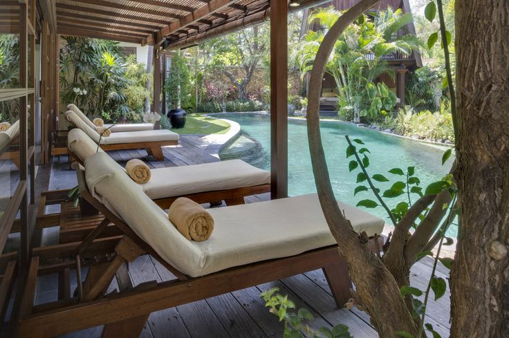 LataLiana Villa II Sun Lounger, Seminyak, Bali