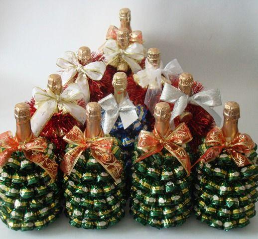 decorativnaya-elka-iz-konfet-i-shampanskogo.jpg (518×480)