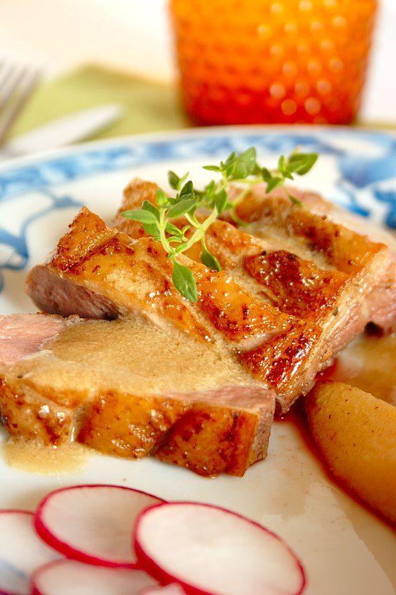 Cinco Quartos de Laranja: Peitos de pato com marmelos salteados