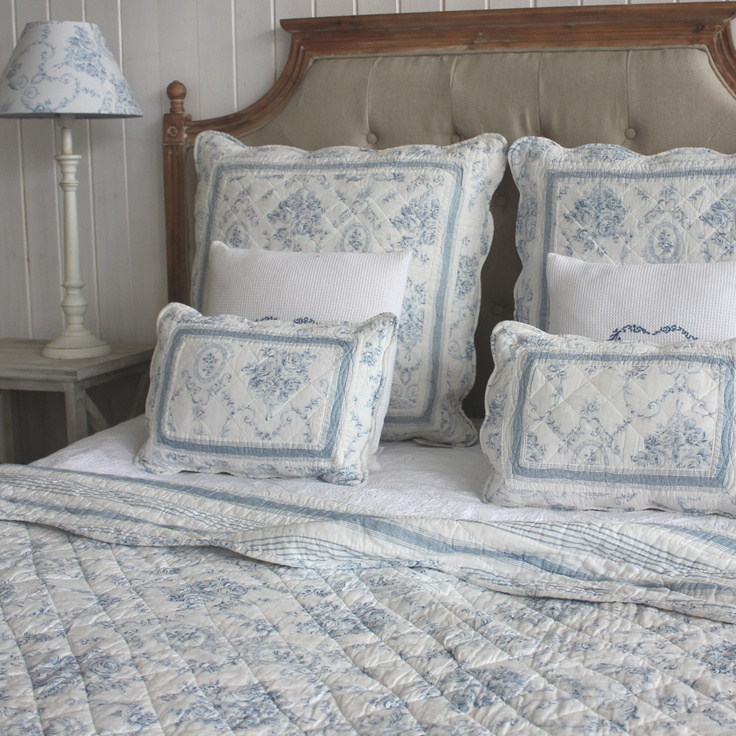 BIGGIE BEST Toile 250x260cm Quilted Bedspread, Blue