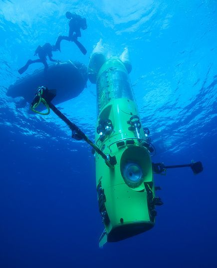 Deepsea Challenger is a vertical submersible which will carry James Cameron solo to a 6.8 mile deep depression in the Pacific Ocean's Mariana Trench. This shot shows the sub in tests off Papua New Guinea in March. from National Geographic News. Photo by Mark Thiessen, National Geographic. #Deepsea_Challenger #James_Cameron #Mariana_Trench #Mark_Thiessen