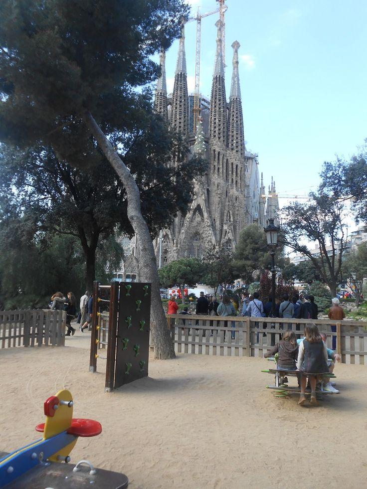 Plaine de Jeux pour enfants à la Sagrada Familia