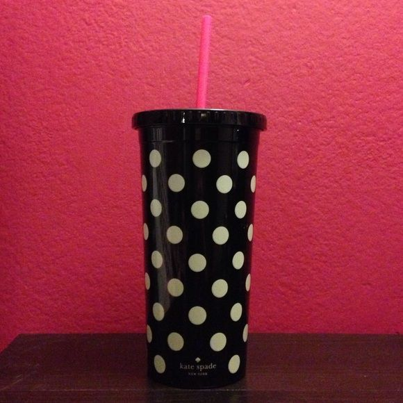 Kate Spade Tumbler Never been used Kate Spade Tumbler! Super cute and stylish to go cup perfect for any hot or cold drink. kate spade Accessories