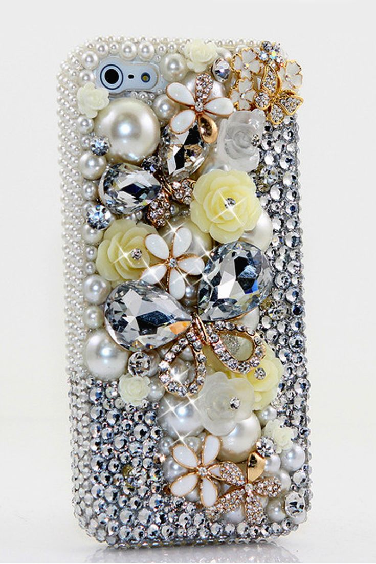 Diamond Butterfly Design case made for iPhone 5 5s 5c cases for girls - Cool protective iPhone 5c cases phone covers awesome! http://luxaddiction.com/collections/3d-designs/products/diamond-butterfly-design-style-497