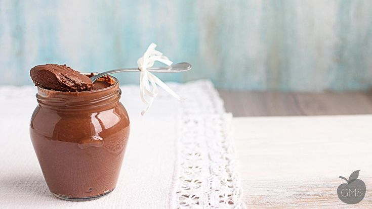 Mousse al cioccolato all'acqua niente panna, niente uova, niente zuccheri...solo cioccolato, cremoso e soffice, una magia...Questa ricetta è fantastica!