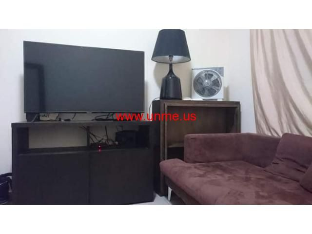 Furnished Room Sharjah Dubai Border Al Mulla Plaza Area Free Classifieds Ads In 2020 Rooms For Rent Room Borders Free