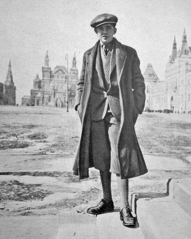 En 1928, un jovencito danés ganó un concurso para fanáticos de Julio Verne. ¿El premio? Recorrer el mundo entero en menos de 46 días.