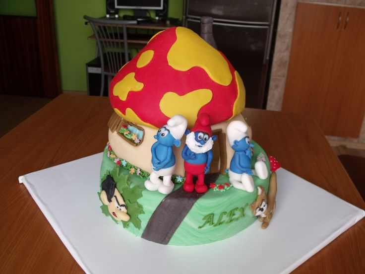 Fondant Cake Design Rosemount Aberdeen : smurfs cake smurf cake Pinterest Cake