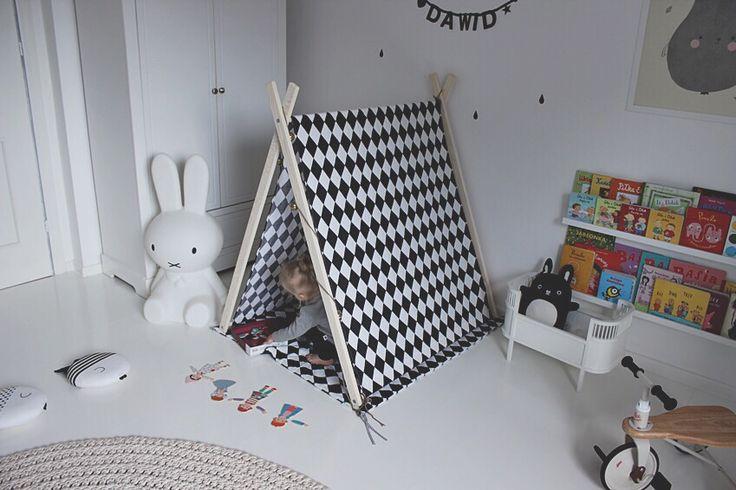 Girls room / pokój dziewczynki fot. Glammybaby.pl namiot/tent Luckykids.pl