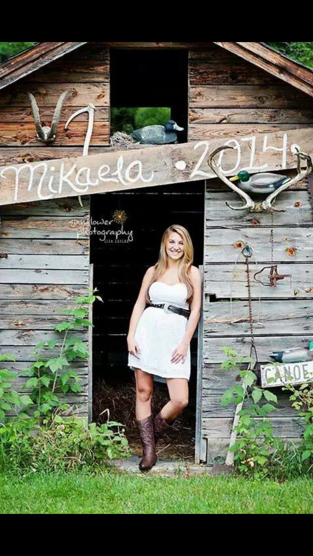 Elegant Country Senior Pictures Graduation Party Outfit