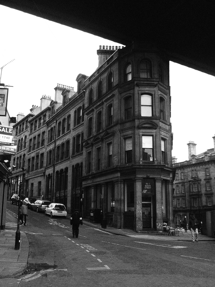 Queen Street, Quayside, Newcastle upon Tyne. (Oldtown)