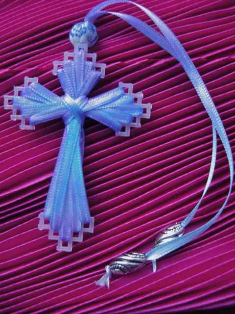 JoZart: The Cross in my Pocket - used to make these but forgot how - now I have it again!