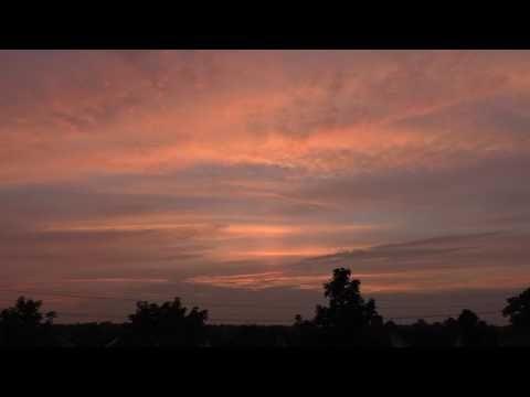 Een onverwacht spectaculaire zonsondergang - YouTube