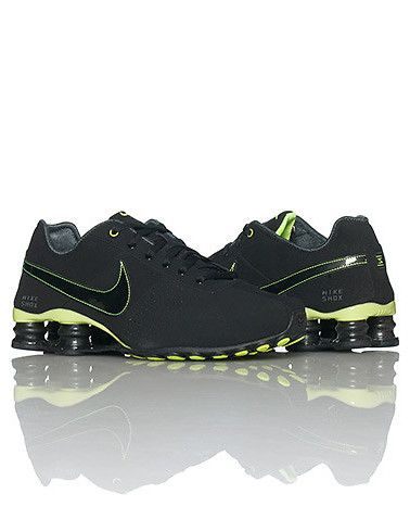 NIKE WOMENS SHOX DELIVER SNEAKER Green