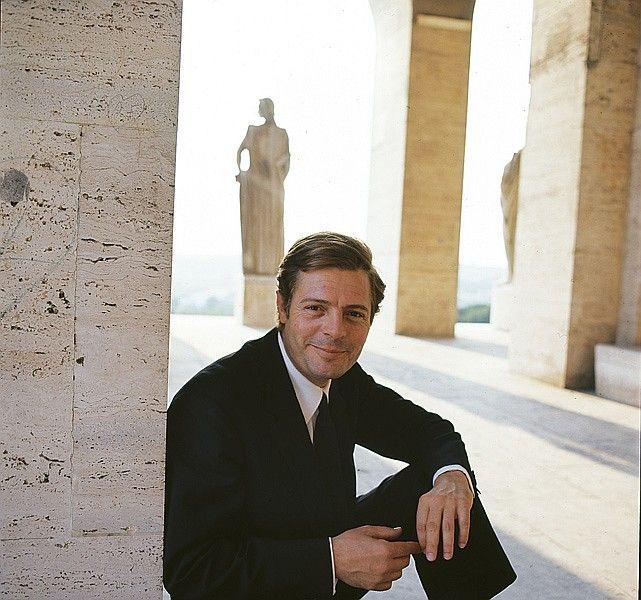1963 Marcello Mastroianni par Milton Greene
