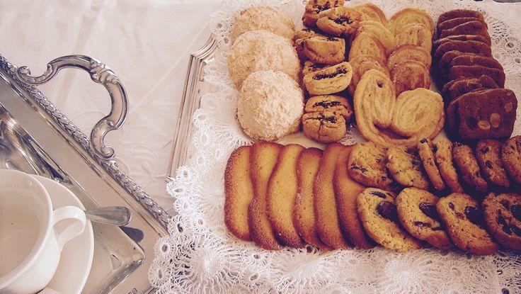 Galletas artesanales, de almendras, chocolate, palmeritas, perfectas para tu mesa de Navidad.