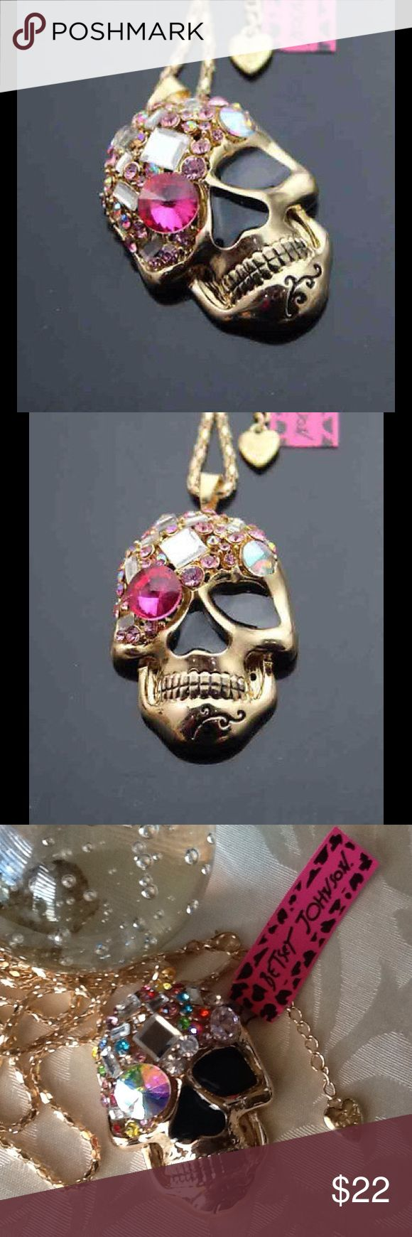 """UNIQUE  &  FUN    NECKLACE   ASSORTED COLORED INLAY CRYSTALS SUGAR SKULL PENDANT NECKLACE # D673F.  NWT.    NEVER WORN AND IN ORIGINAL PACKAGING.    CHAIN LENGTH  APPROX. 28"""" LONG. ⛓   MAKES A UNIQUELY FUN GIFT!  Betsey Johnson Jewelry Necklaces"""
